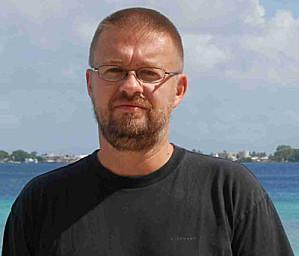 Author Andre Vitchek