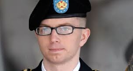 Pvt. Bradley Manning, a hero betrayed by his own commander in chief