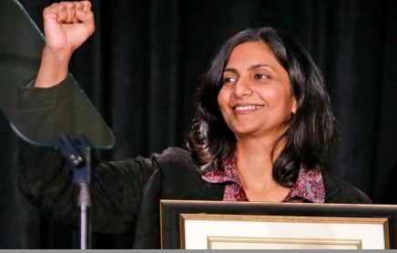 Seattle's socialist councilwoman Kshama Sawant has a petition calling on Sanders to run as an independent for president (cl