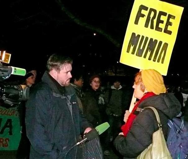 Free Mumia rally in London (photo by Linn Washington)