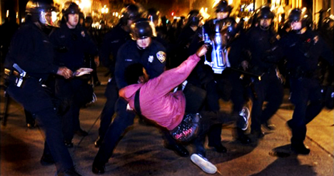 Oakland police officers slam videographer to the ground, making his job difficult