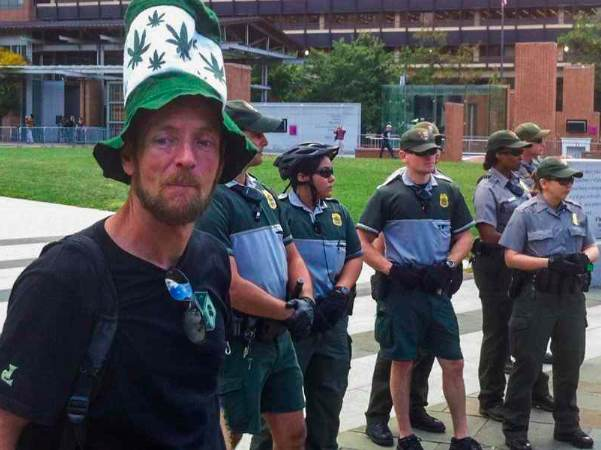 Weed protester Richard Dyost pulled a fast one on Park police at a protest on Philadelphia's Independence Mall